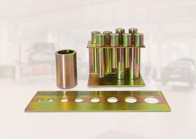 Pressdornsatz mit Lochplatte und Schnellwechselfutter zum Aufstecken mit Magnet